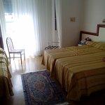 Photo de Hotel Bolivar