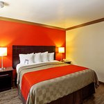 Foto de Red Roof Inn & Suites Monterey