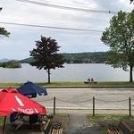 Lakeside Deli & Grilleの写真