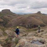 Estamos en la parte alta del cerro de la bufa, nos dirigimos a hacer rappel.