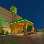 Photo of La Quinta Inn & Suites Tulsa Central