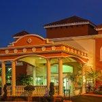 Photo of La Quinta Inn & Suites Oceanfront Daytona Beach