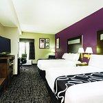 Photo de La Quinta Inn & Suites Memphis East-Sycamore View