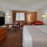 Photo de La Quinta Inn & Suites Ft Lauderdale Cypress Creek
