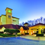 Photo of La Quinta Inn & Suites Atlanta Alpharetta