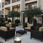 Photo de Courtyard Dallas Lewisville