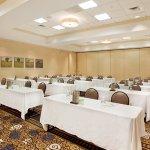 Holiday Inn Gwinnett Center Meeting Room
