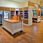 Holiday Inn Gwinnett Center Gift Shop