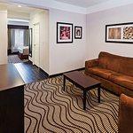 La Quinta Inn & Suites Pasadena Foto