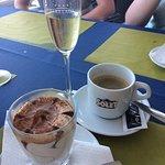 Ice cream, coffee and Cava