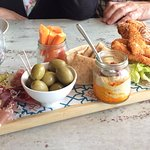 Nibbles Sharing Board
