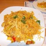 BECKENHAM – - Singapore noodles