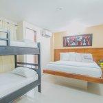 Photo de Hotel Marina Suites