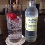Cracking Raspberry Gin and Tonice