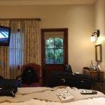 Very nice room.