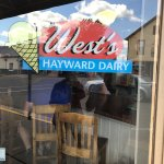 West's Hayward Dairyの写真
