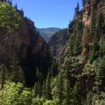 Photo de Hanging Lake Trail