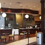 Photo de Embassy Suites by Hilton Savannah Airport