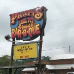 Pratt's BBQ Catering & Honey Glazed Hams