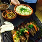 Menu Quercy, foie gras maison, magret du chef, croustillant de coppa et son chèvre chaud.