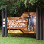 lewis_clark_national_historical_park_sign_2005_large.jpg