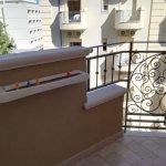 Camera singola confort con ampio letto ad una piazza e mezzo, comodo bagno, balcone con stendino