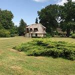 Charmantes maisons au toit de chaume, piscine XXL, Tres beau jardin