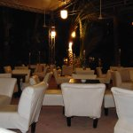 Abendliche Sitzmöglichkeit mit Beamer und Leinwand, Shisha kann man für 2-3€ oder 50 LE dazubeko