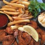 Fried Shrimp Basket with Fries
