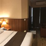Single deluxe room.