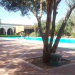 Très grande piscine, Jacuzzi ...