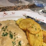 Chicken Escalope and garlic potatoes