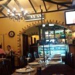 Excelente restaurante para comer a típica espetada Madeirense.