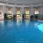 As it was so hot outside, the indoor pool was empty. Lovely!