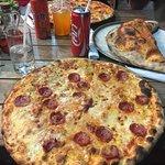Pizzeria AGLI AMICI da Michele & Jimmy Foto