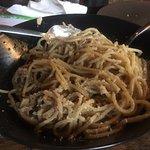 spaghetti pesto pomidorowe