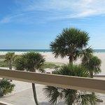 Thunderbird Beach Resort resmi