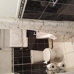 Interestingly shaped bathroom (room 6)