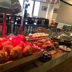 Fairmont Gold Lounge - Breakfast