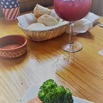 Foto de Trackside Bar and Grill