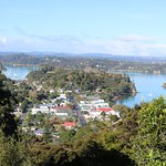 A beautiful walk up to Flagstaff Hill. Very much worth the effort. Saw some beautiful New Zealan