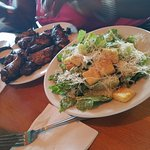 Jerk Wings & Salad