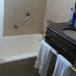 Claridge Hotel Photo