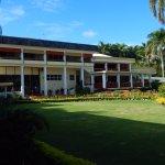 Bedarra Beach Inn from the road