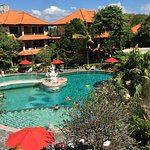 Melasti Legian Beach Resort & Spa Foto