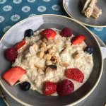 Just part of our deeeeeeelicious breakfast the other day!! The porridge is creamy and wholesome,