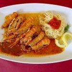 Shrimps in salsa sauce