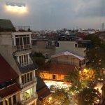 Photo de Vietnam Backpacker Hostels - Downtown