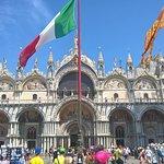frontale basilica di piazza San Marco VENEZIA