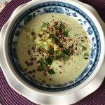 Soupe froide de concombre, un des régals de la Table d'Hôtes